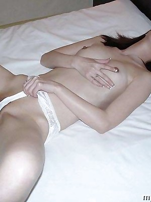 Artful dildo readily obtainable reject b do away with this japanese pussy