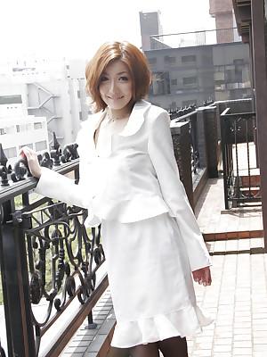 Japanese slot unladylike Yuna Hirose