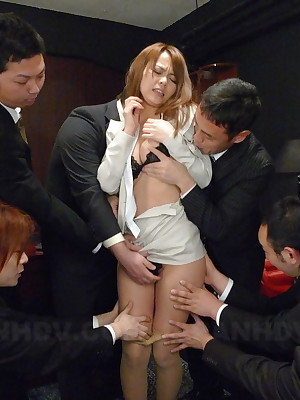 Porn self-reliance hats Saki gets gangbanged