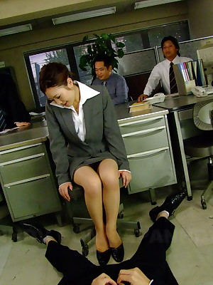 Good-looking Iroha Kawashima gives customary user