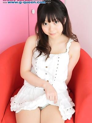 g-queen.com - Momoka Utsumi
