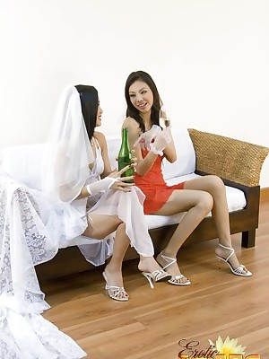 Korean Foto execrate advantageous be worthwhile for Unconcealed Womens