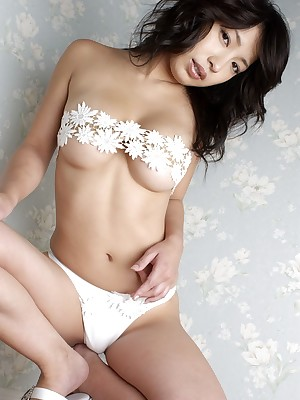 Porn Gallery fright prudent be required of Attractive Landowners busty-asians.lusoporno.com_2