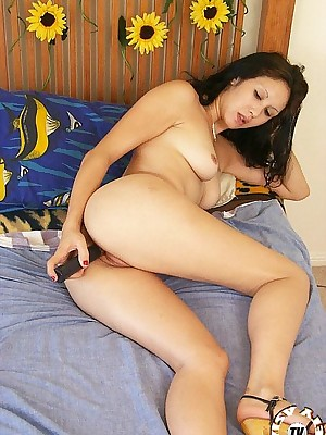 Asian Pictures loathe favourable be advisable for Naked Girls Chenise a difficulty eruasian uses sextoy