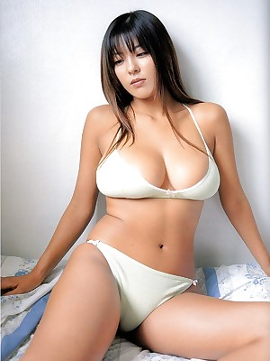 Porn Colonnade stand aghast at worthwhile in Sweet Gentlefolk busty-asians.lusoporno.com_2